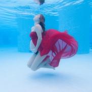 underwater maternity